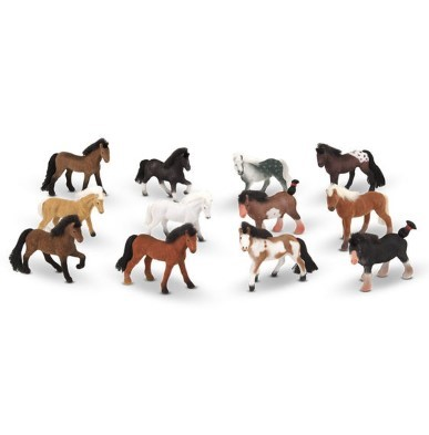 pasture pals toy horse set by melissa and doug