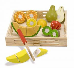MD14021 Melissa and Doug Wooden Cutting Fruit 001