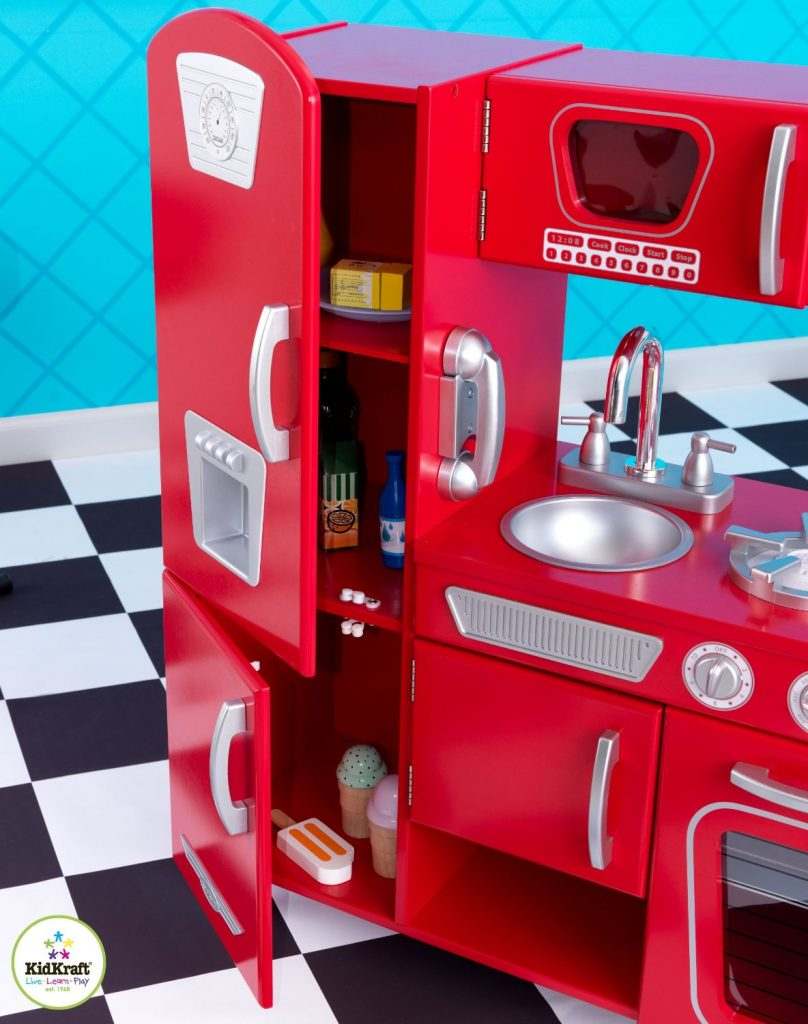 ZZKK53173 Kidkraft Red Vintage Kitchen 002