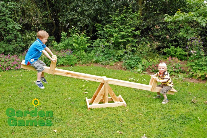 ZZGGATJE110 Wooden See-Saw 001