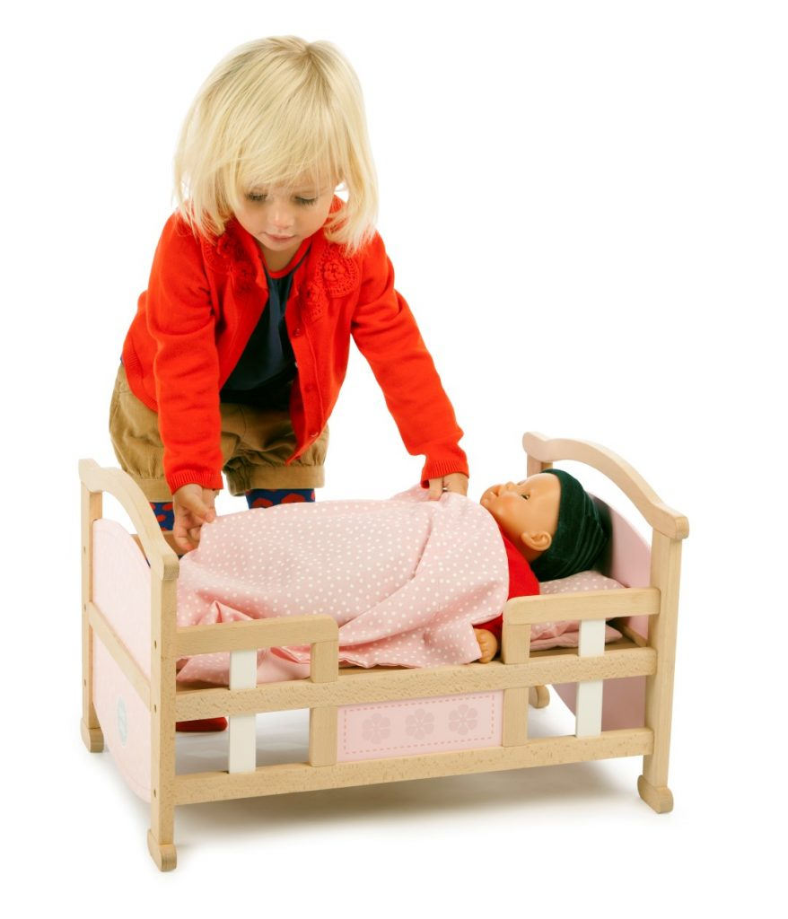 T-0212 Tidlo 2 in 1 Dolls Cradle as bed 003