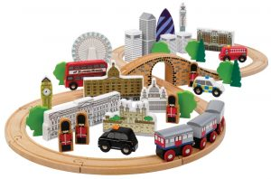 Tidlo City of London Wooden Train Set