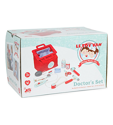 TV292 Doctors Set by Le Toy Van 002