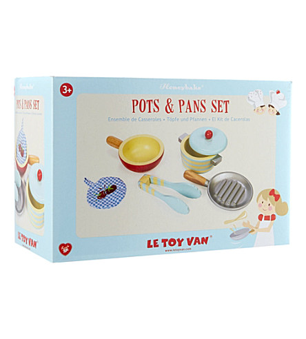 TV301 Pots and Pans by Le Toy Van 004