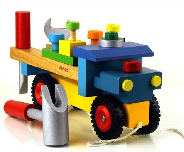 J05022 Janod Brico Kids DIY Truck  002