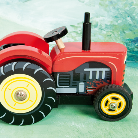TV468 Berties Tractor by Le Toy Van 002