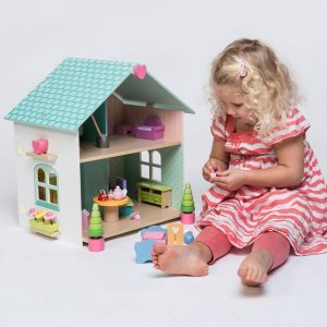 Evergreen Doll's House With Furniture by Le Toy Van