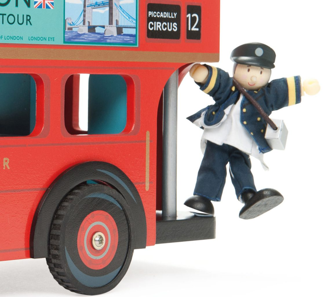 TV469 London Bus with Driver by Le Toy Van 007