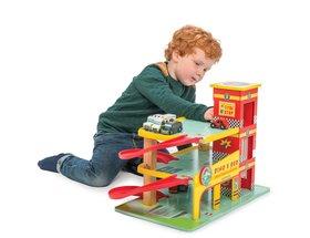 TV450 Dinos Red Garage by Le Toy Van 003