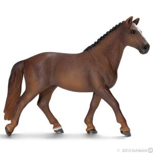 13729 Hanoverian Mare by Schleich 001