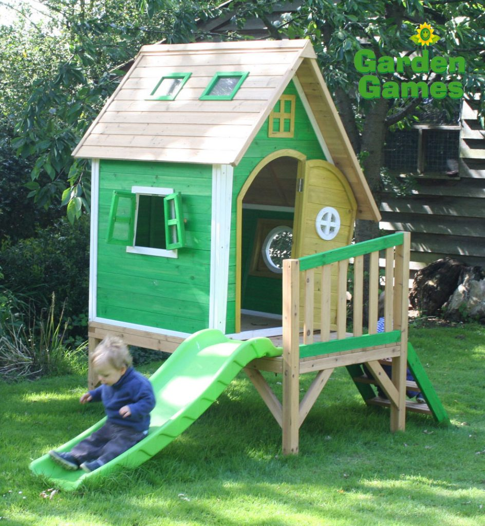 ZZ3247 Whacky Tower Wooden Playhouse 003