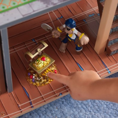 ZZ63284 KidKraft Pirate's Cove Play Set 001