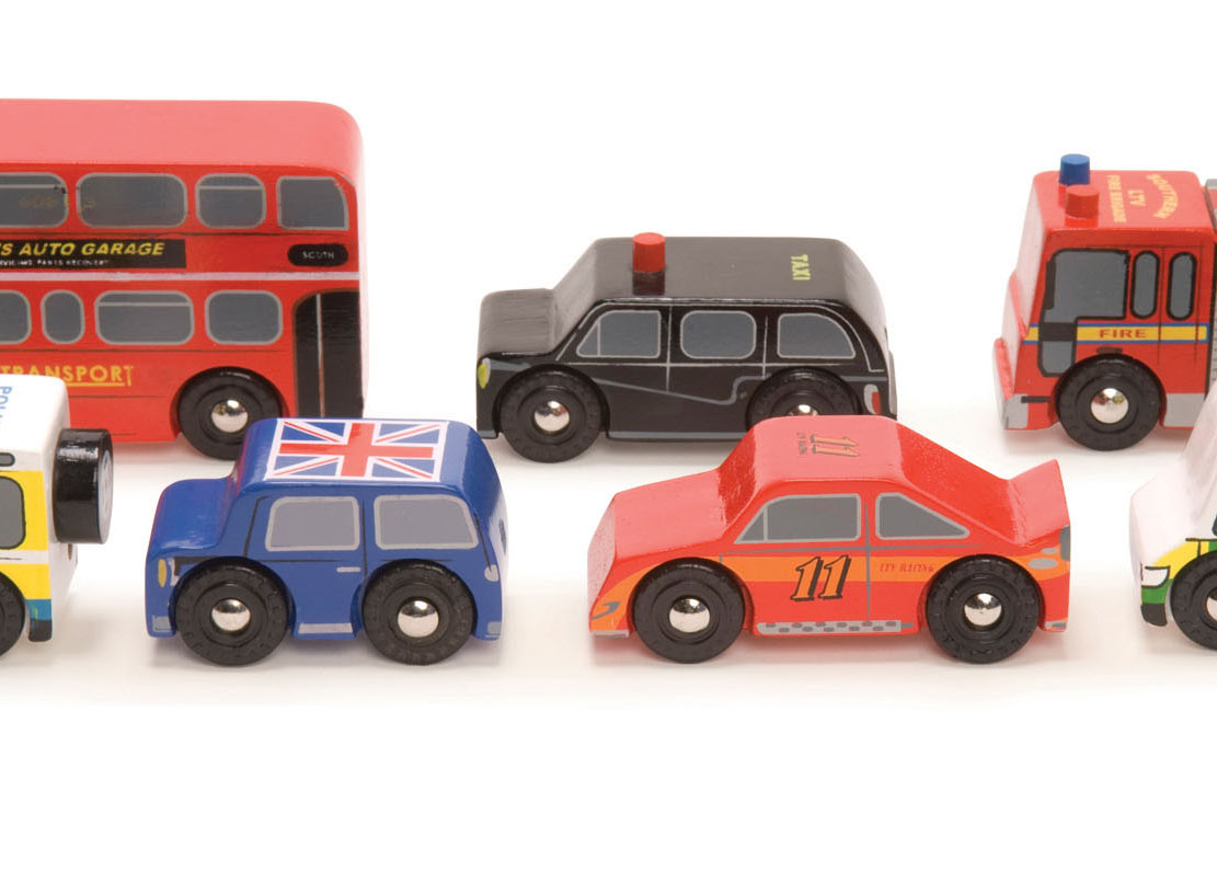 TV267 Le Toy Van London Car Set