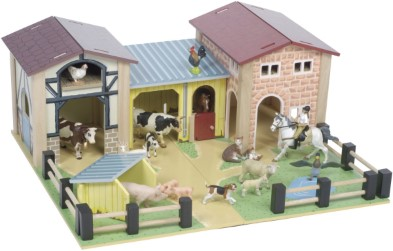 TV410 Wooden Farmyard by Le Toy Van 003