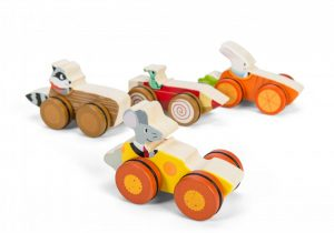PL037 Le Toy Van Woodland Race Car wooden toy cars 009