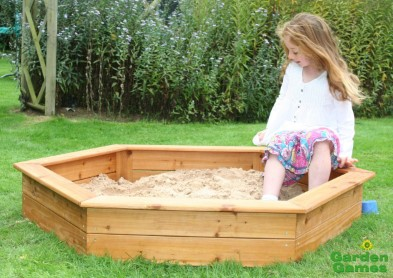 ZZGG6402 Wooden 3 Seater Hexagonal Sandpit 002