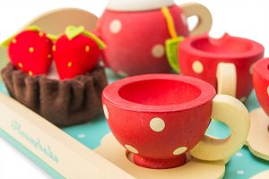 Honeybake Tea Set by Le Toy Van