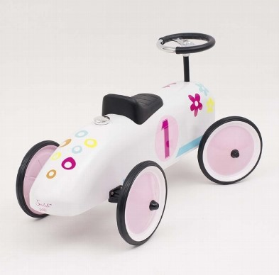 53833 SusiBelle Classic Metal Ride on Car 002