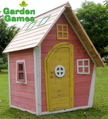 ZZ3244 Crooked Cottage Playhouse 003