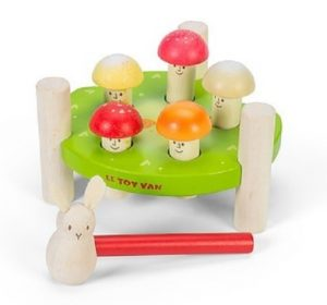 PL092 Le Toy Van Hammer Game Mr Mushrooms Wooden Toy 001