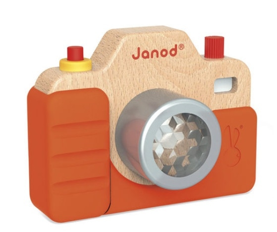 Janod sound camera front 02