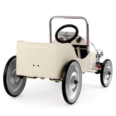 baghera white pedal car