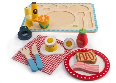 wooden breakfast tray by tender leaf toys