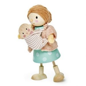 mrs goodward and the baby wooden dolls tender leaf toys