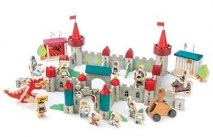 tender leaf toys royal castle playset
