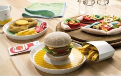 Haba hamburger and fries play food set biofino range