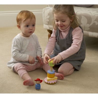 kids playing with paddington toy blocks