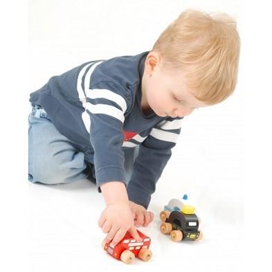 london vehicles set of 3 by orange tree toys with boy